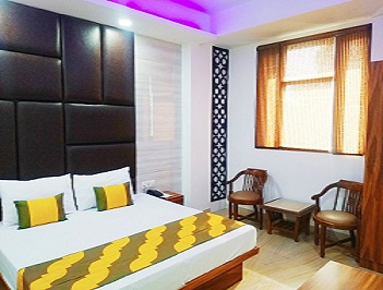 Hotels near Karol Bagh Metro Station